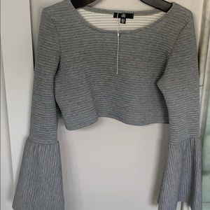 New gray crop top with bell sleeves, Size 6